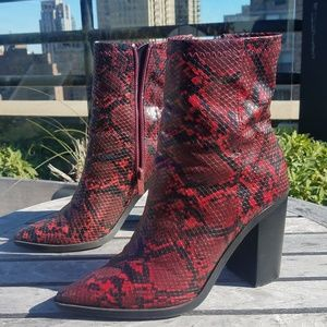 Shoes - Snakeskin Booties size 6.5
